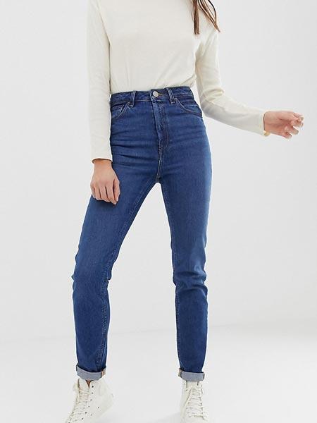 Женские джинсы-слим