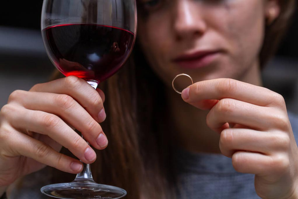 Как простить измену мужа и стоит ли прощать