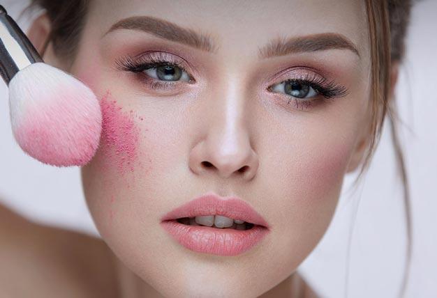 Румяна нежно-розового оттенка