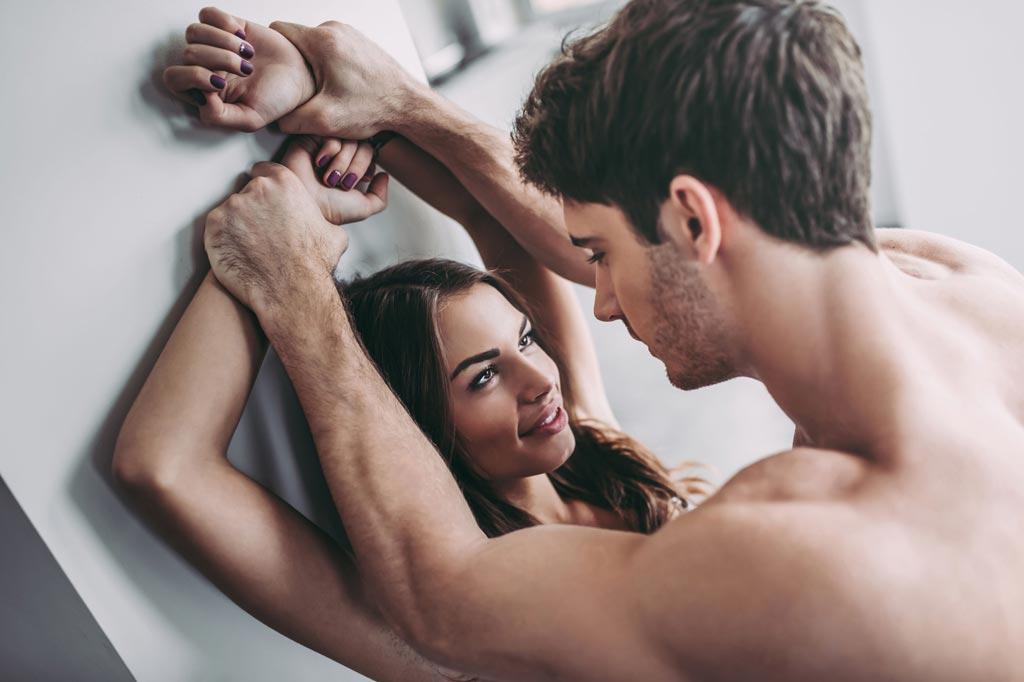 Что испытывает мужчина, когда хочет женщину