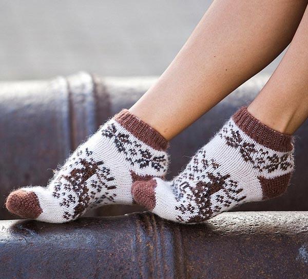 Короткие шерстяные женские носки