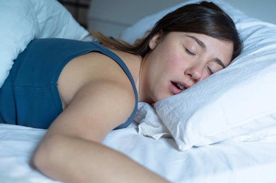 Масло нероли для хорошего ночного сна