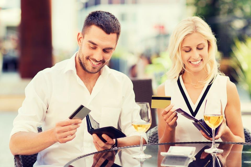 Оплата счёта в ресторане